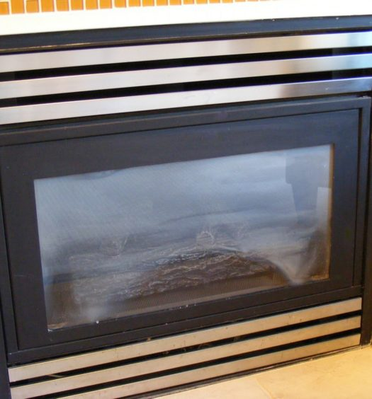 Gas fireplace repair fix your fireplace yourself my for Gas fireplace maintenance do it yourself